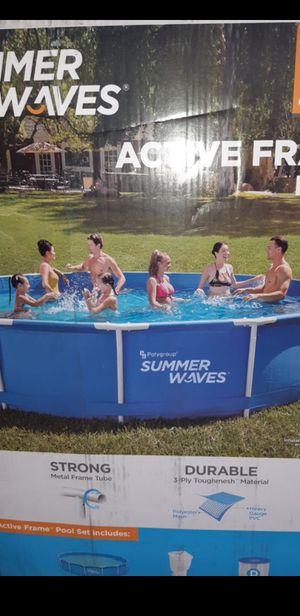 Summer Waves Pool 15ftx33in for Sale in Pomona, CA