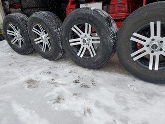 255 75 17 5x5.0 jeep for Sale in Lombard,  IL
