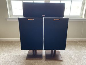 Klipsch Speakers with integrated Amplifier for Sale in Cornelius, NC