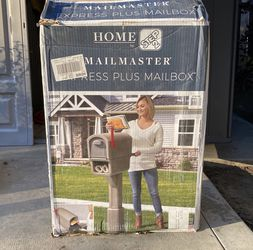 Mailmaster Express Plus Mailbox for Sale in Clovis,  CA