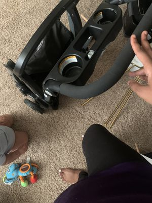 Click & go stroller for Sale in Spanaway, WA