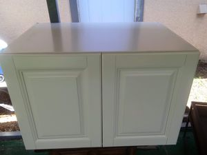 Dtc kitchen wall cabinet for Sale in Fort Meade, FL