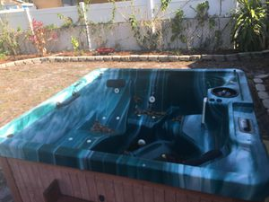 Free working hot tub for Sale in Tampa, FL