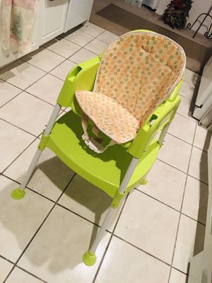 Multi person kids high chair/ table for Sale in Lehigh Acres, FL