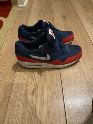 NIKE AIR MAX 1 ESSENTIAL Midnight Navy/University Red Size 10 for Sale in Silver Spring, MD