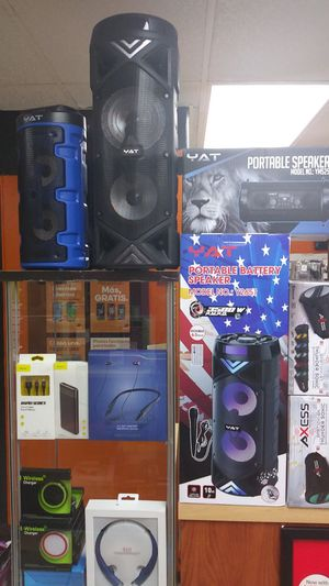 Bluetooth speaker!!Bluetooth headsets!!chargers!! for Sale in Houston, TX