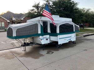 2000 Starcraft Venture Pop Up Camper with slide out for Sale in Watauga, TX