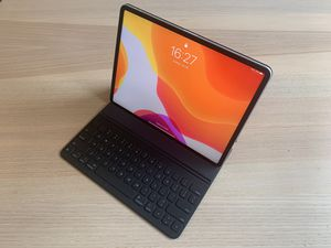 """Smart Folio Keyboard for iPad Pro 12.9"""" for Sale in College Station, TX"""