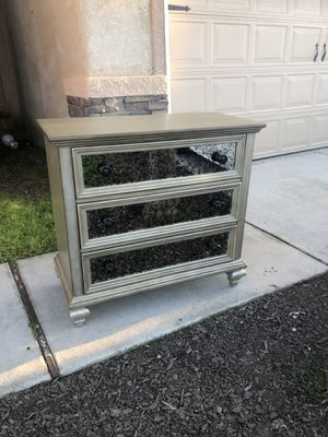 Brand new 3 drawer chest with stain glass mirrored drawers. Retails for over $500 for Sale in Fowler, CA