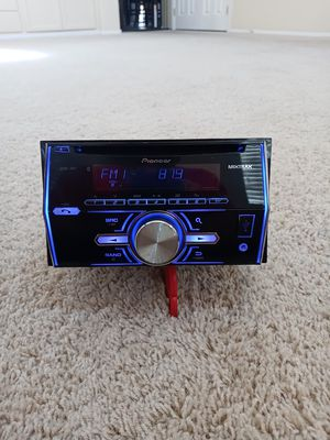 Pioneer Bluetooth double DIN CD receiver radio for Sale in North Las Vegas, NV