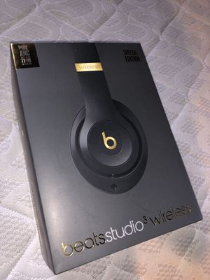 Beats solo 3s for Sale in Columbus, OH