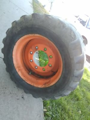 Set of 8 lugg tractor rims with tire asking for 150$obo for Sale in CRYSTAL CITY, CA