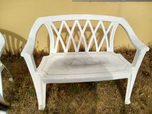 Two white outdoor benches for Sale in Arroyo Grande, CA