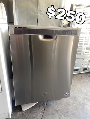 WHIRLPOOL STAINLESS DISHWASHER for Sale in Santa Ana, CA