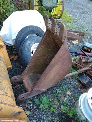 12 Inch Bucket off Older Case 580 Backhoe for Sale in Port Orchard, WA