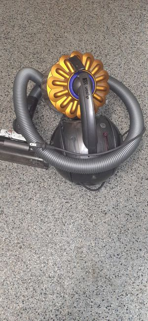 ___Dyson DC39 Big Ball Multi-Floor Canister Vacuum for Sale in Lake Worth, FL