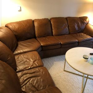 DANIA Brown Leather Sectional for Sale in Portland, OR