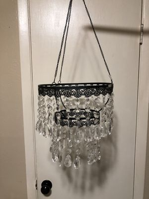 Black Metal Hanging Chandelier Decor No light bulb 28 inches tall Including with the chain . for Sale in Fort Worth, TX