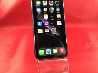 iPhone XR 64GB Gray Unlocked for Sale in Kent,  WA