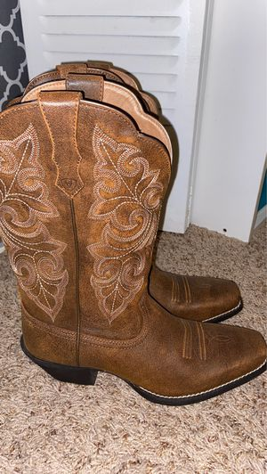 New Brown leather boots for Sale in Boynton Beach, FL