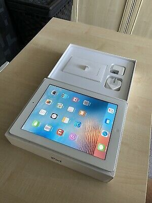 Apple iPad 3, 32GB , WiFi with Excellent Condition for Sale in Springfield, VA