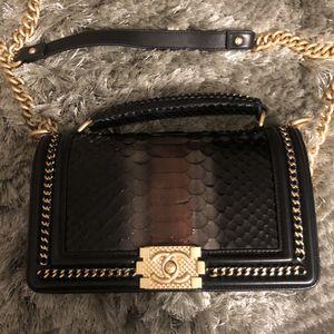 Chanel Leboy medium bag for Sale in Arcadia, CA