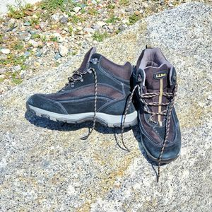 LL Bean men's water proof hiking boots. 10.5 Wide for Sale in Quincy, MA