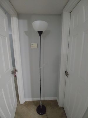 Floor lamp with bulb for Sale in Creve Coeur, MO