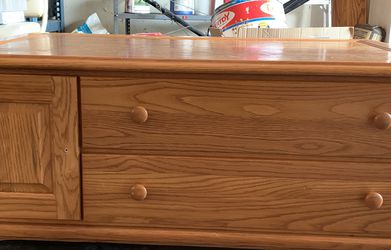 Solid Wood Living Room Table for Sale in North Olmsted,  OH