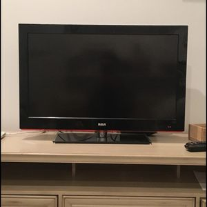RCA TV!! 32 Inch TV for Sale in Madison Heights, VA