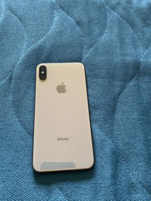 iPhone XS Max 64 G gold unlocked with any carrier for Sale in Renton, WA