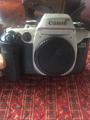 Canon Elan II film camera in excellent condition New battery for Sale in Sacramento, CA