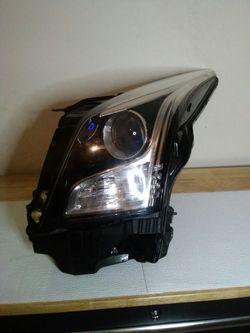 2013–2018 Cadillac Ats halogen headlight for Sale in Dallas,  TX