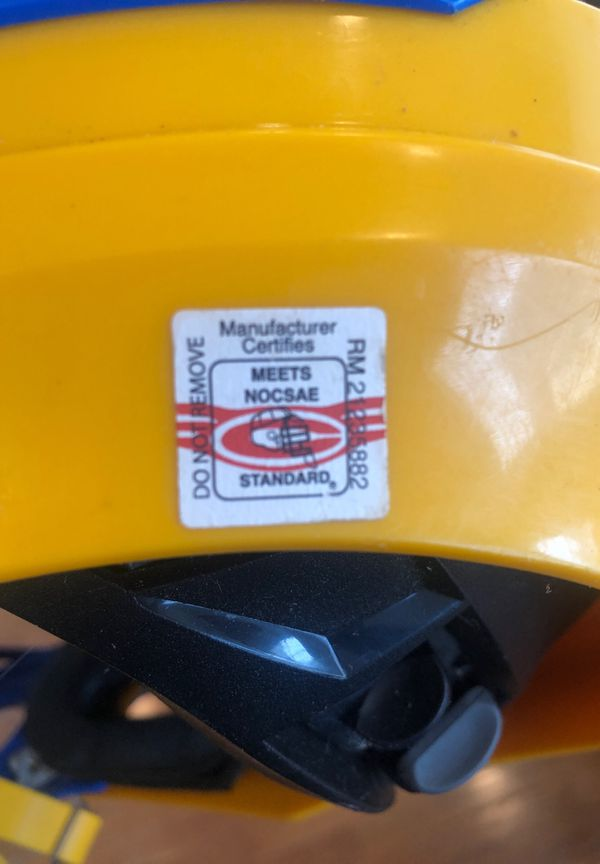 Cascade R lacrosse helmet
