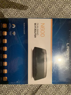 LINKSYS 600 Dual - Band Wi-Fi router for Sale in Hialeah, FL