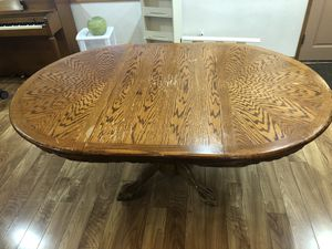 Free Dining Table NE Portland for Sale in Portland, OR