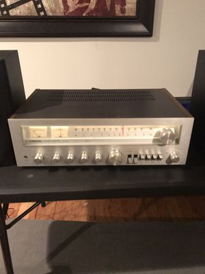 Make me a realistic offer... Lafayette LR 3030 AM FM stereo receiver 99-03542W for Sale in Clinton Township, MI