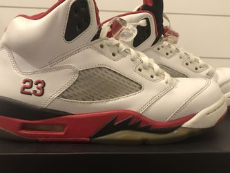 Jordan Fire Red 5s for Sale in Daytona Beach,  FL