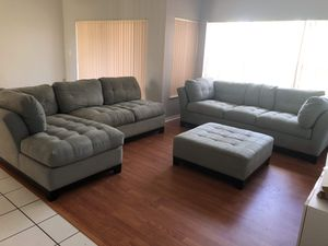 Giant sofa set (without ottoman) for Sale in FL, US