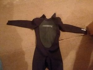 O'Neill Reactor 3/2 Wetsuit for Sale in Marquette, MI