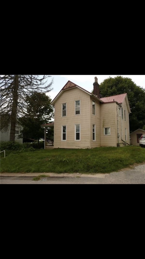 House in Burgettstown. Schedule a time to see this house