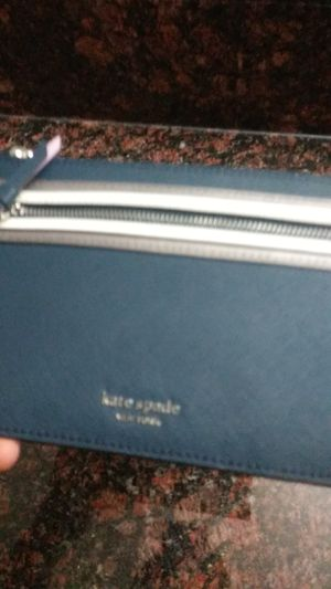 New kate spade wristlet $20 for Sale in Monterey Park, CA