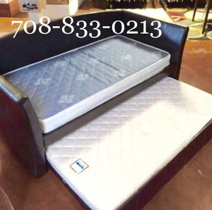Brand New Twin Day Bed w/Mattresses for Sale in Chicago, IL