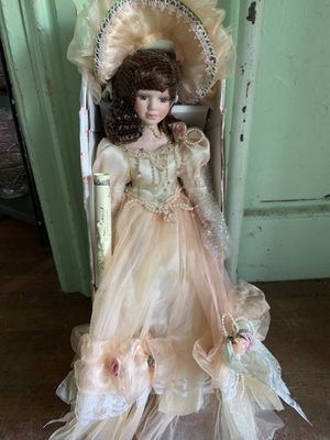 Show Stoppers Primrose Lane Porcelain Doll for Sale in Middletown, CT