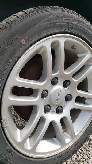 Gmc 18in rims for Sale in Cleveland, OH