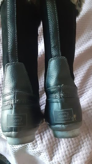 Duck boot rain boots practically brand new wore twice size 7.5 for Sale in Falls Church, VA
