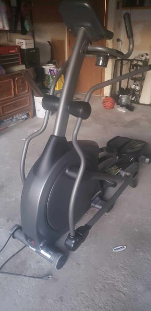 Vision fitness elliptical machine for Sale in Orland Hills, IL