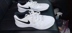 Nike Men's Tennis Court Shoes size 11 - NEW for Sale in Largo, FL