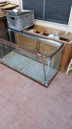 90 gal. Fish tank for Sale in Mesa, AZ