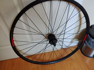 Giant cr70 29er front disc wheel bike equipment for Sale in Cleveland, OH